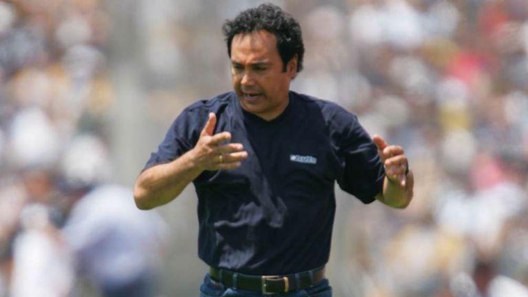 Hugo Sánchez en su etapa como entrenador