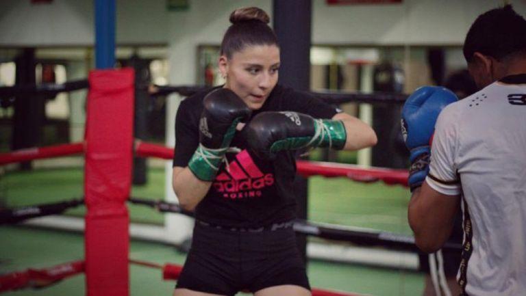 Yamileth Mercado durante un entrenamiento