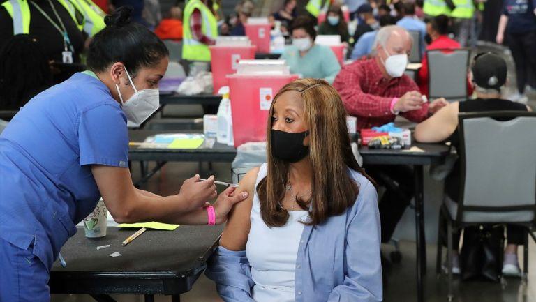 Vacunación contra coronavirus en Estados Unidos