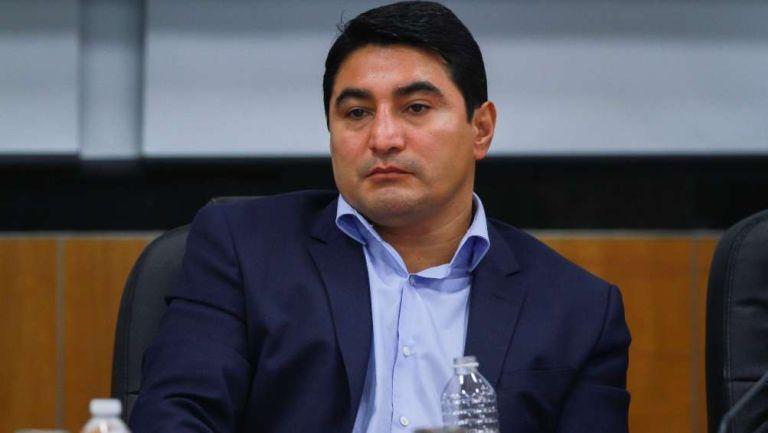 Terrible Morales en presentación