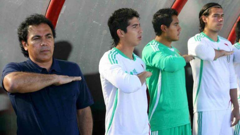 Hugo Sánchez como entrenador del Tri Sub 23