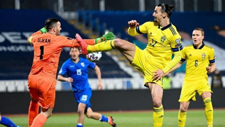 Ibrahimovic dio la primera asistencia