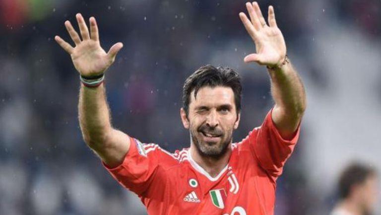 Gianluigi Buffon, feliz tras un juego