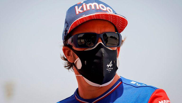 Alonso abandonó GP de Bahrein por una envoltura de sándwich que cayó en los frenos