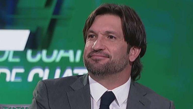 Kikín Fonseca, durante una transmisión de TUDN