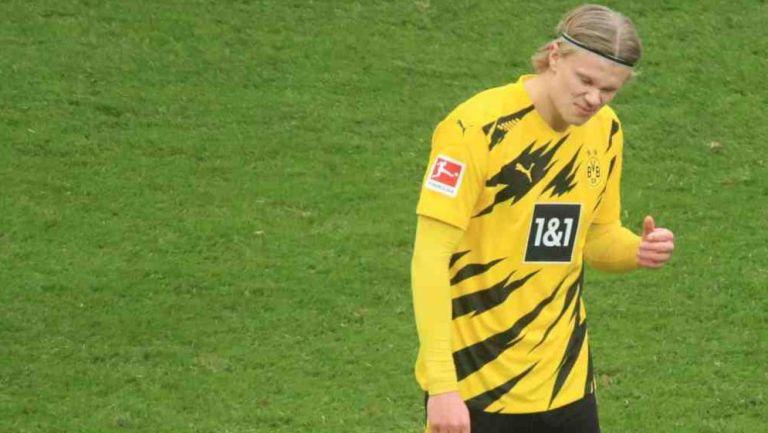 Haaland en festejo con el Dortmund