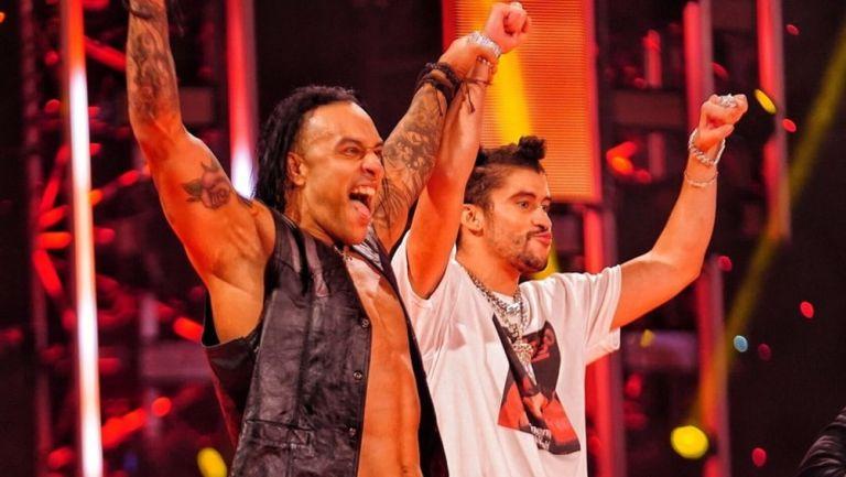 Damian Priest y Bad Bunny en RAW