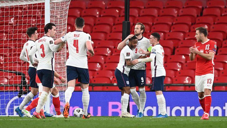 El festejo de Inglaterra tras el gol de Harry Kane