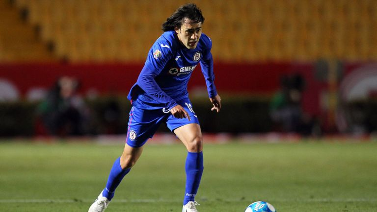 El Shaggy Martínez en un partido con Cruz Azul