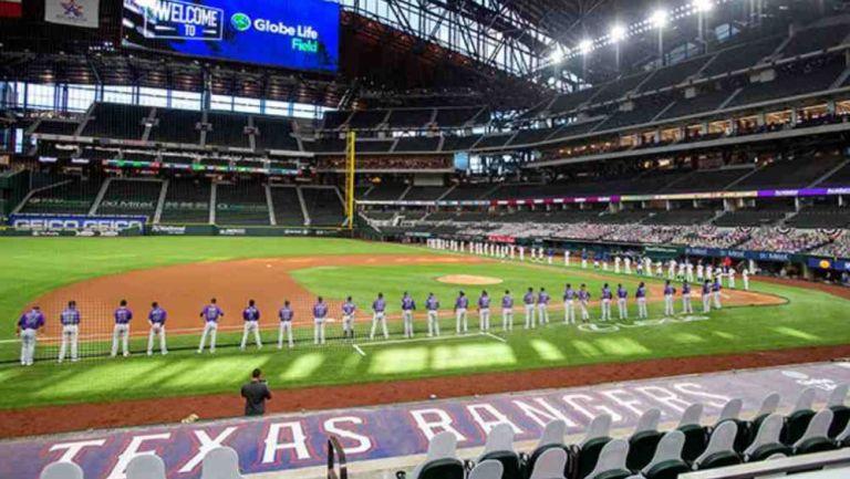 Jugadores de Rangers, durante el último Opening Day