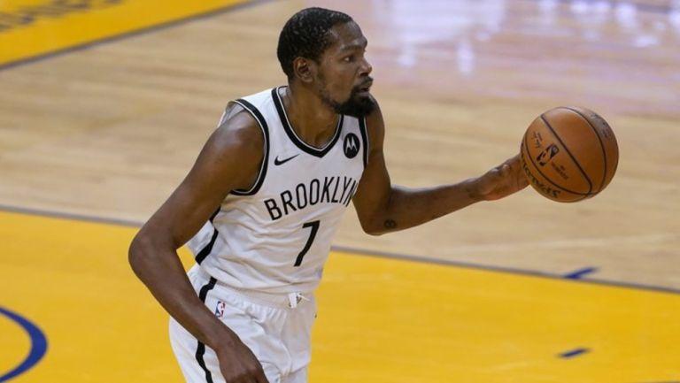 Kevin Durant durante un partido con Nets