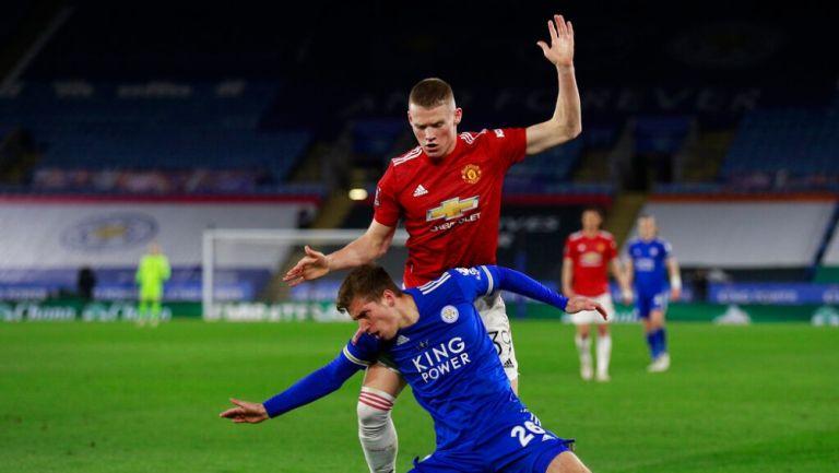 McTominay durante un partido con el Manchester United