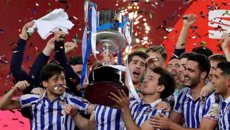 Oyarzábal levanta la Copa del Rey