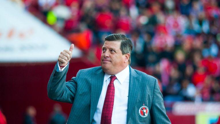 Piojo Herrera: Extécnico de América 'hace campaña' por Jorge Hank en Baja California