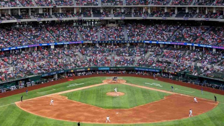 Globe Life Field en el Blue Jays vs Rangers