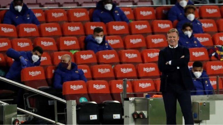 Koeman en el partido vs Valladolid