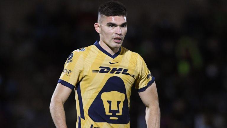 Pumas: Sevilla sigue de cerca a Johan Vásquez