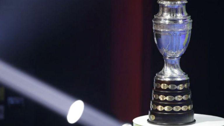 Copa América exhibida en un evento