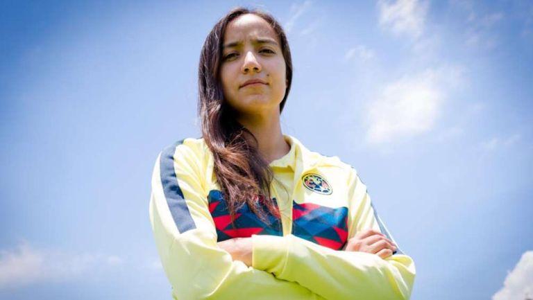 Claudia Carrión en sesión