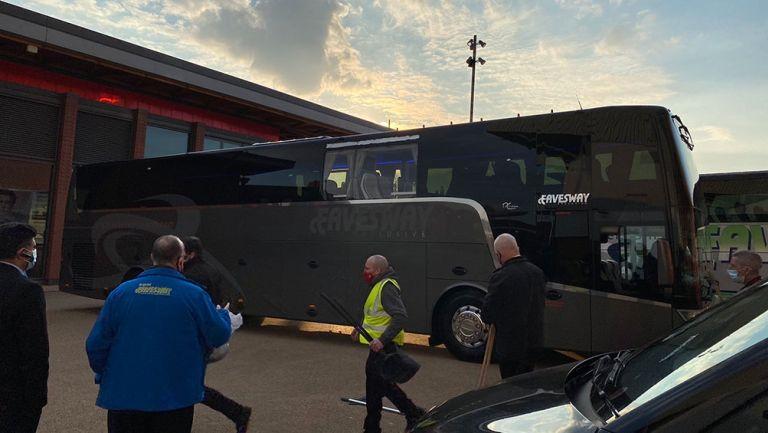 Real Madrid: Autobús merengue, dañado por fans del Liverpool