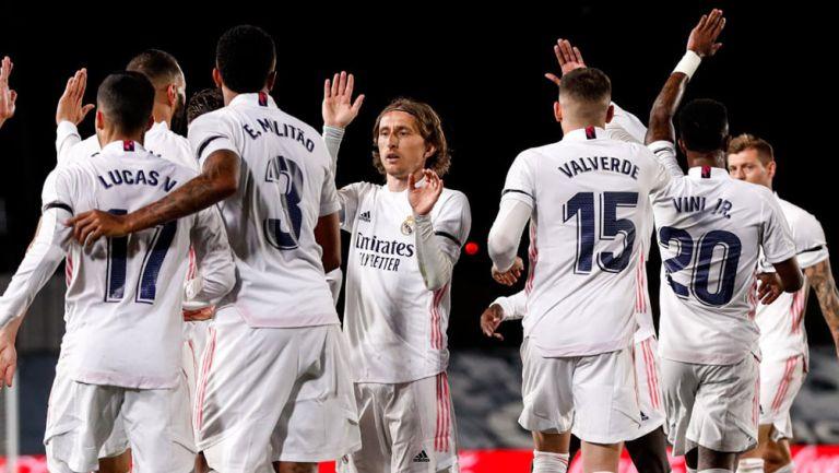 Jugadores del Real Madrid festejan