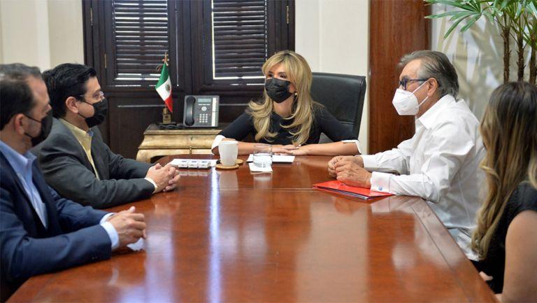 La reunión con la gobernadora Claudia Pavlovich Arellano