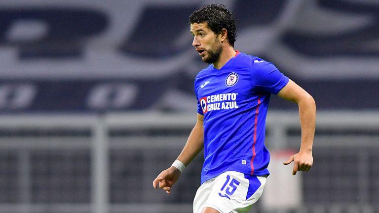 José IgnacioRivero durante un duelo con Cruz Azul
