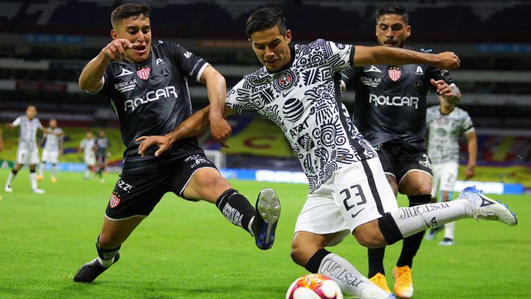 Chucho López, en acción con las Águilas