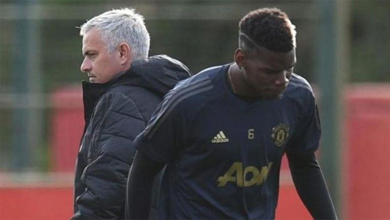 Paul Pogba y José Mourinho en un entrenamiento