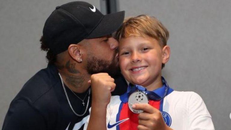 Neymar y su hijo Davi Luca
