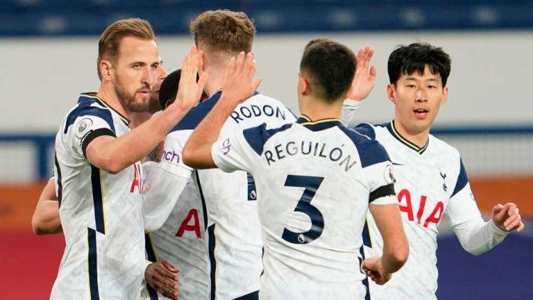 Tottenham en celebración de gol