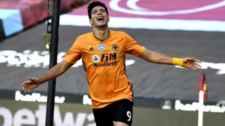 Raúl Jiménez durante un partido del Wolverhampton