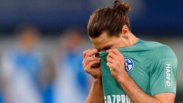 Un jugador del Schalke 04 en lamento