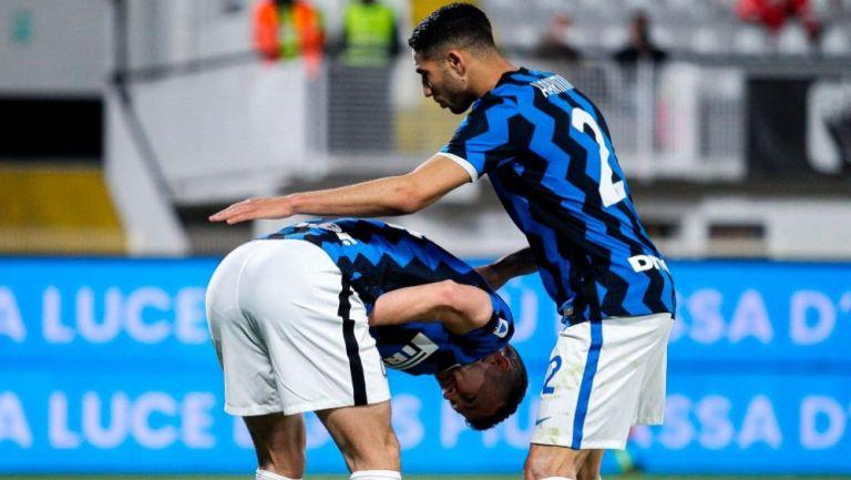 Skriniar y Hakimi, del inter de Milán