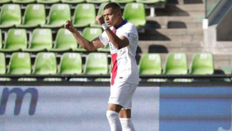 Kylian Mbappé tras anotar gol a favor del PSG