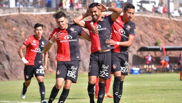 Atlas Sub 20 en festejo de gol