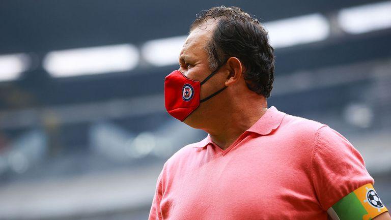 Juan Reynoso en el Cruz Azul ante San Luis