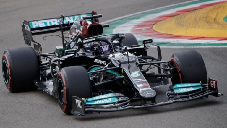 Monoplaza de Mercedes en el Gran Premio de Imola