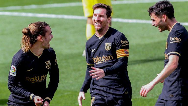 Griezmann celebra con Messi anotación frente al Villareal
