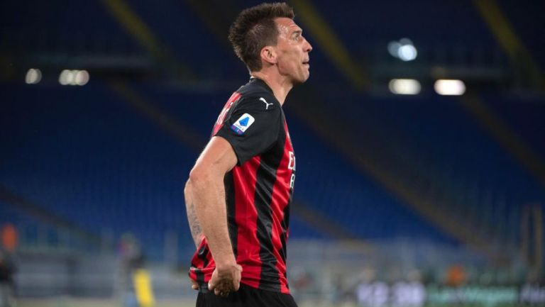 Mario Mandzukic en lamento con el Milan