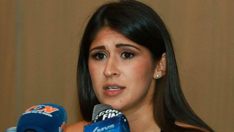 Paola Pliego en una conferencia