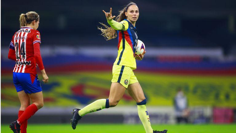 Janelly Farias, en festejo de gol ante Chivas