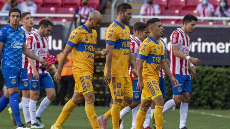 Tigres: Sólo con seis suplentes en juego ante Chivas