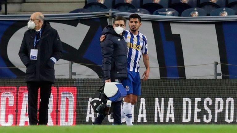 Corona salió lesionado en el último partido