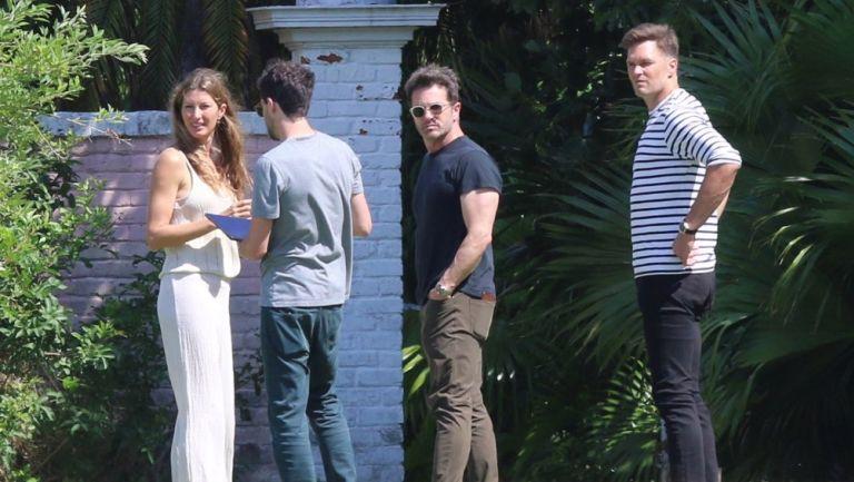 Tom Brady y Gisele en su mansión