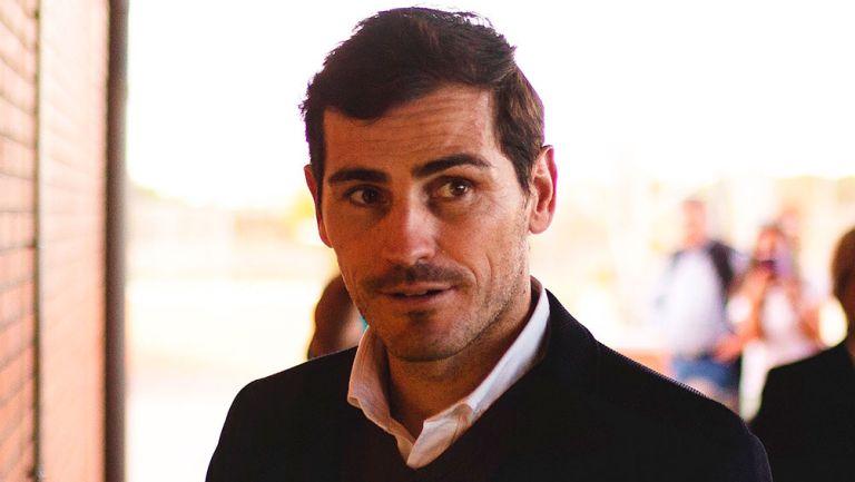 Iker Casillas sufrió dolor en el pecho y terminó en el hospital