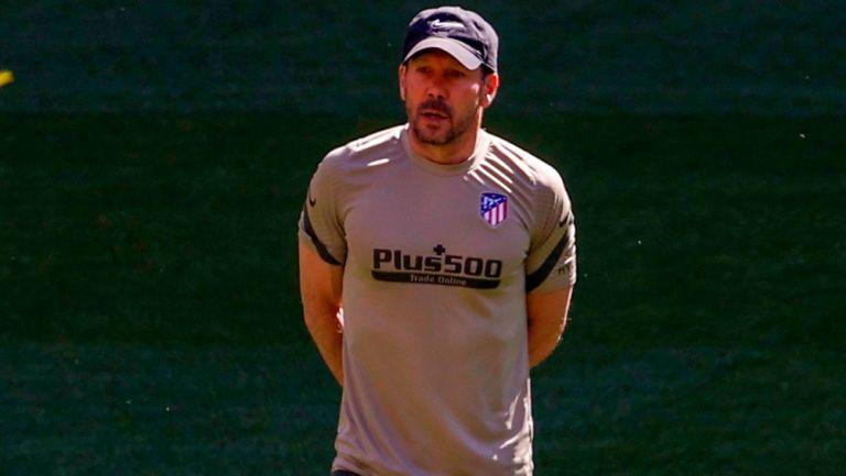 Diego Simeone durante una sesión del Atlético