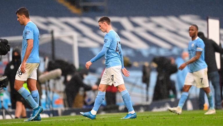 Jugadores del City se lamentan tras derrota ante los Blues
