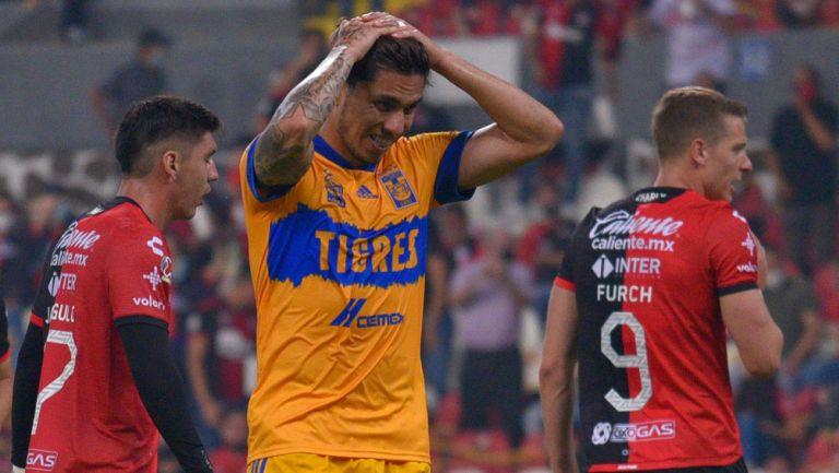 Salcedo se lamenta en juego ante Atlas