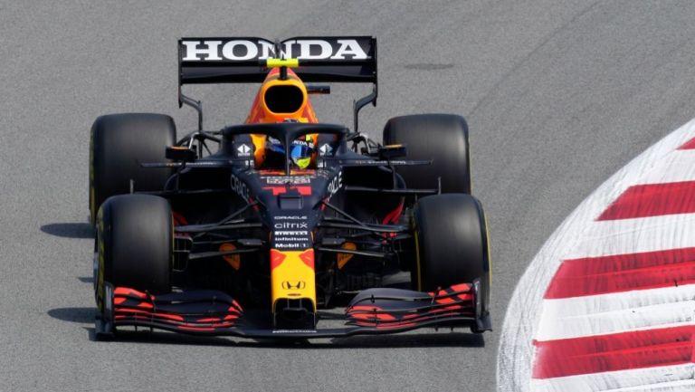Sergio Pérez durante las sesiones de entrenamiento del GP de España